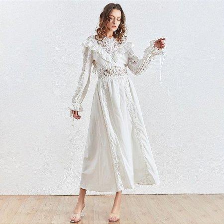 Vestido midi branco decote V frufru detalhe rendado