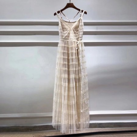 vestido nude tule saia plissada alcinha bailarina