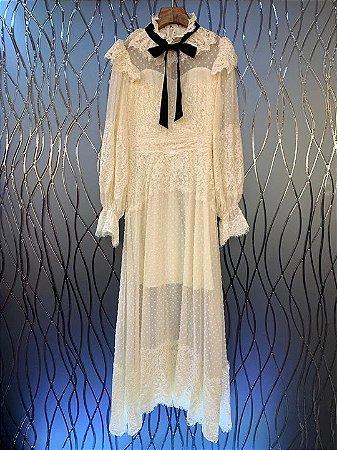 Vestido midi poá e renda vintage realeza