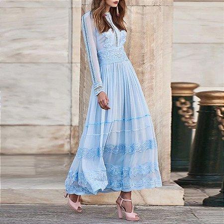Vestido midi azul claro manga longa reta