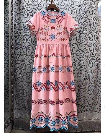 Vestido midi rosa laise manguinha