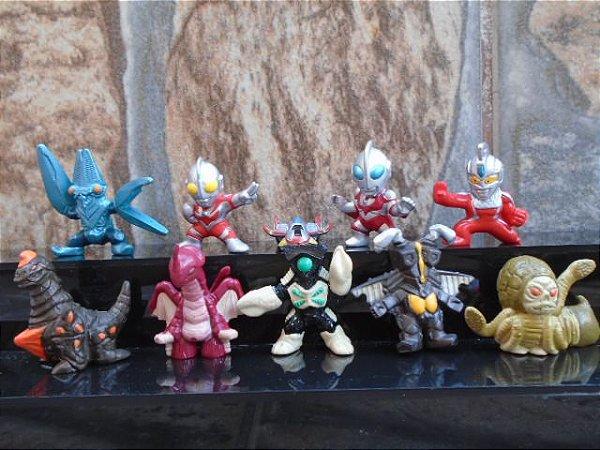 Ultraman - Conjunto com 10 Gashapons