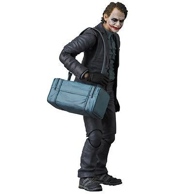The Joker  (Coringa) Vers. Robber Bank -  Batman The Dark Knight - Mafex - 015 - Medicom Toy