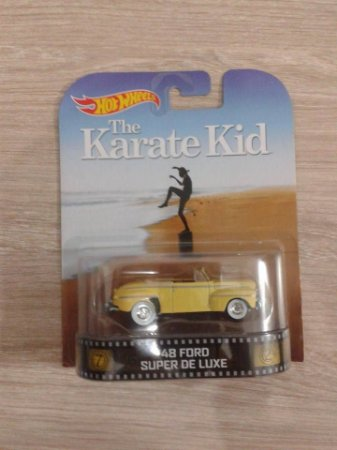 Hot Wheels Ford 48 Super Deluxe Karate Kid 1/64