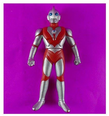 Bandai 1993 Ultraman Powered