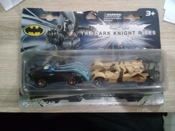 HOT WHEELS BATMOVEL TWO-PACK THE DARK KNIGHT RISES 1/64