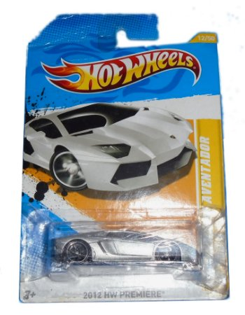 Hot Wheels Lamborghini Aventador 1/64