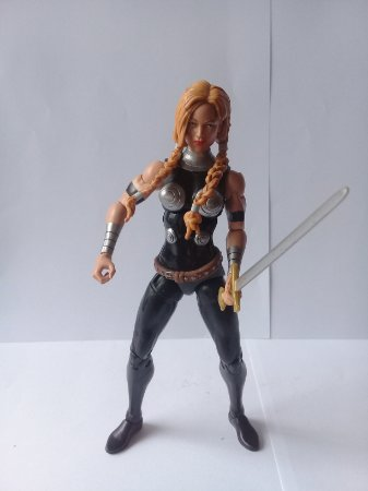Marvel Legends Valquiria Loose