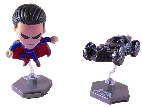 DC Batman Vs Superman - Batmóvel e Superman