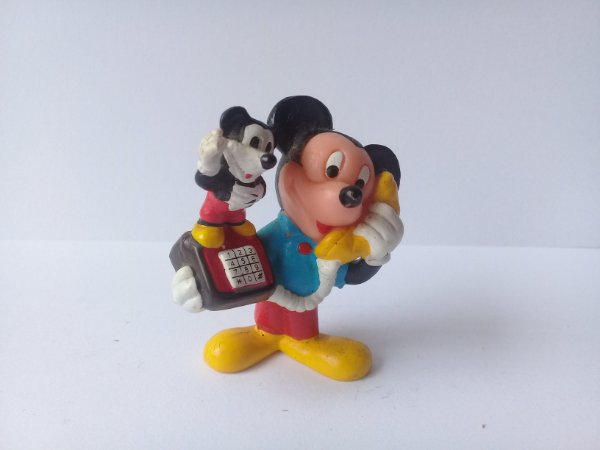 Applause Disney Mickey Telefonando