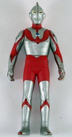 Bandai 2003 Ultraman Hayata Figure 11 Cm