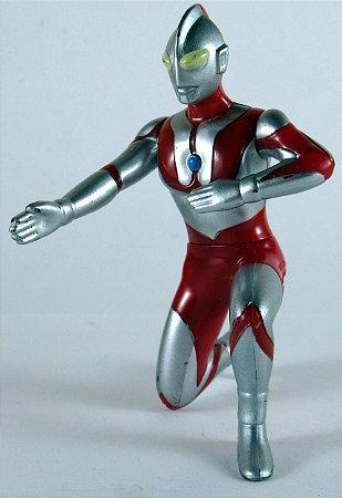 McDonald´s 2013 Ultraman Hayata Figure 8 Cm