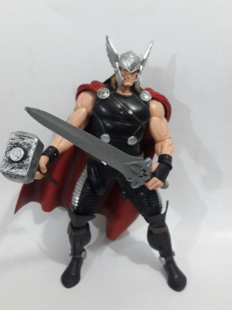 Marvel Legends Thor Black Suit - Loose