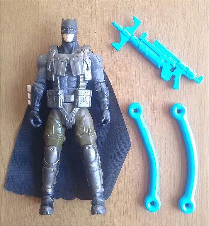 Batman com Colete e Arma - Loose