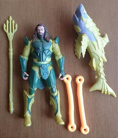 Aquaman com Tubarão - Loose
