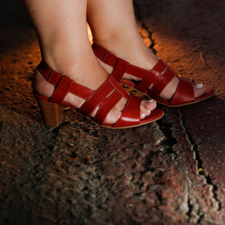 Sandália de Salto em Couro Viena Vermelha