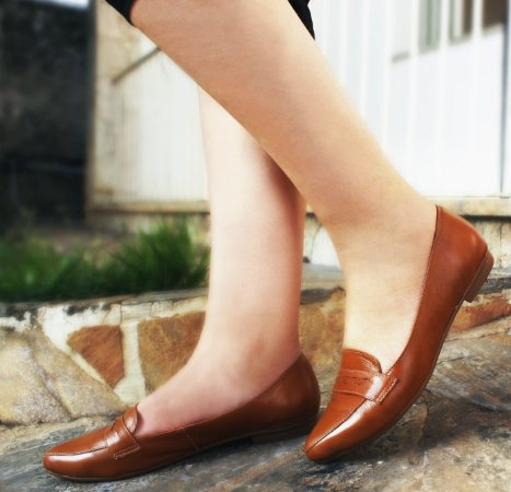 Sapato em Couro Mocassim Clássico Caramelo