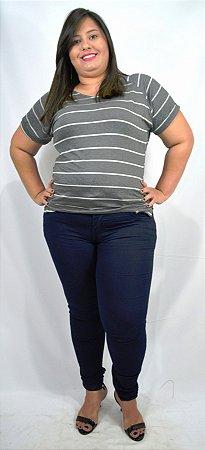 f06ecdd52 Calça Jeans Feminina Azul Escuro Plus Size - Cazzadella Plus Size