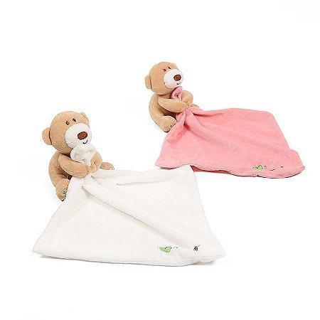 Naninha de bebê com pelúcia