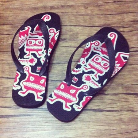Chinelo Monsters Luvers