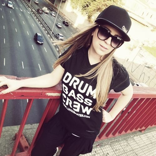 Baby Look Feminina Drum Bass Crew
