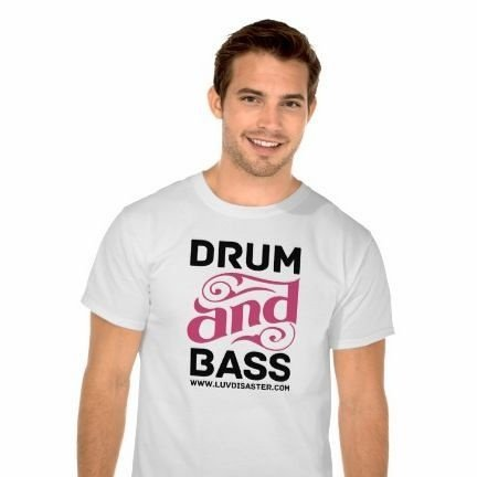 Camiseta Masculina Drum and Bass