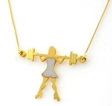 Colar Boneca Fitness banho ouro amarelo 18K com vestido em ródio branco