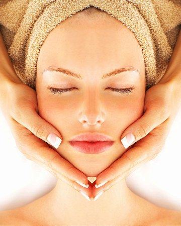 Massagem Estética Facial + Máscara de Argila