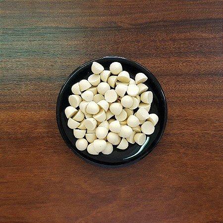 Gotas de chocolate branco ao leite de coco - a granel