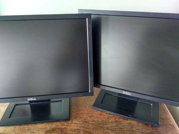 Monitor Widescreen Dell 19 Polegadas Led Modelo E1911c