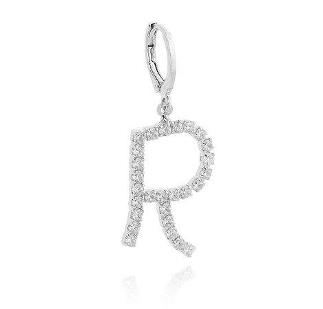 Pingente click letra com pedras banhado em ouro 18k / prata / ródio branco (70116)