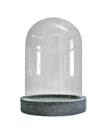 Redoma de Vidro Transparente com base em Resina Cinza