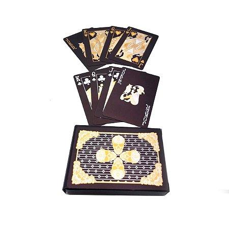 Jogo de baralho caveira preto e dourado