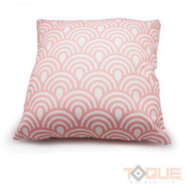 Capa de almofada branca, listras rosa