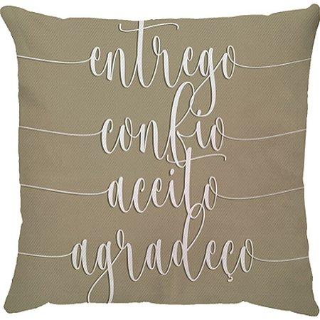 Capa de Almofada Bege: entrego, confio, aceito e agradeço.