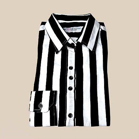 Camisa listrada branco e preto