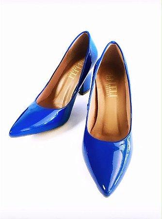 Scarpin verniz azul bic - salto confort