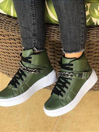 Tênis botinha verde militar