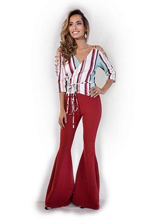 Calça Alfaiataria com Fenda Vermelha