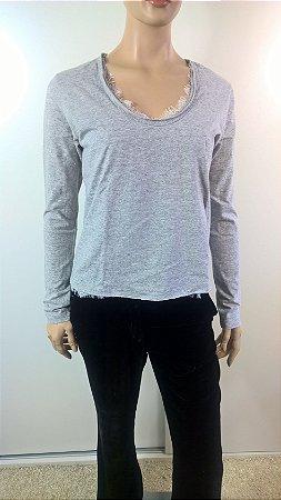Talie nk - Camiseta detalhe renda