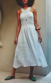 Isolda - Vestido linho bordado