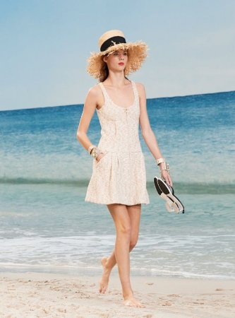 Chanel - Vestido Tweed off white / spring 2019