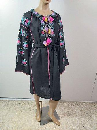 Mariana Penteado - Vestido kimono bordado