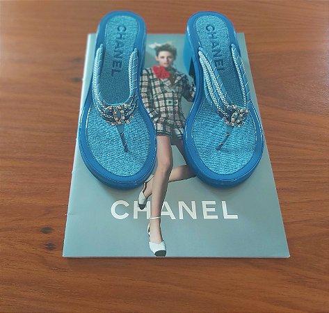 Chanel - Sandalia azul (coleção Coco Beach 2020)