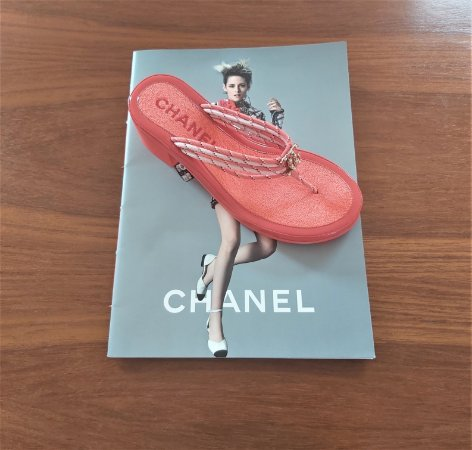Chanel - Sandalia coral (coleção Coco Beach 2020)