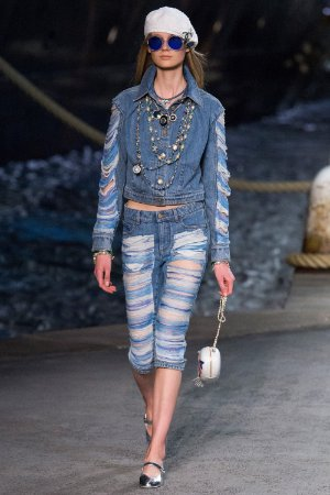 Chanel - Jaqueta Denin estonada / Ss Cruise 2019