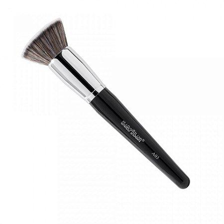 Pincel para Primer, Base e BB Cream Kabuki Reto Linha Max A03 Macrilan