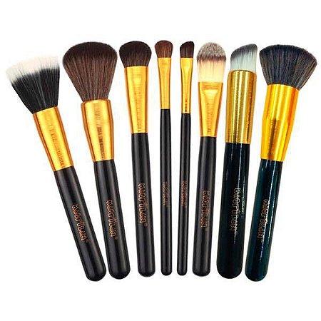 Kit com 8 Pincéis de maquiagem Profissionais Linha Gold Macrilan