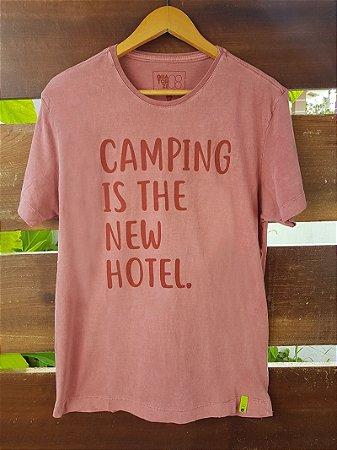 Camiseta Camping is the New Hotel Estonada Vermelha