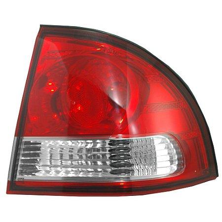 Lanterna Traseira Corsa/Classic Sedan Lateral (2011/2015) - Original ARTEB